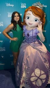 La actriz Ariel Winter, en una gala de Disney, después de la operación de reducción de pecho.