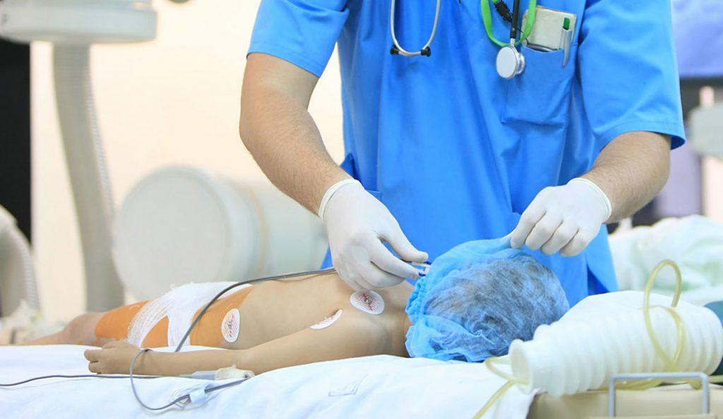 Cirugía Plástica en menores de edad: otoplastia, ginecomastia y cirugía de la mama son las cirugías más demandadas. Foto: Ivan Tykhyi/Thinkstock