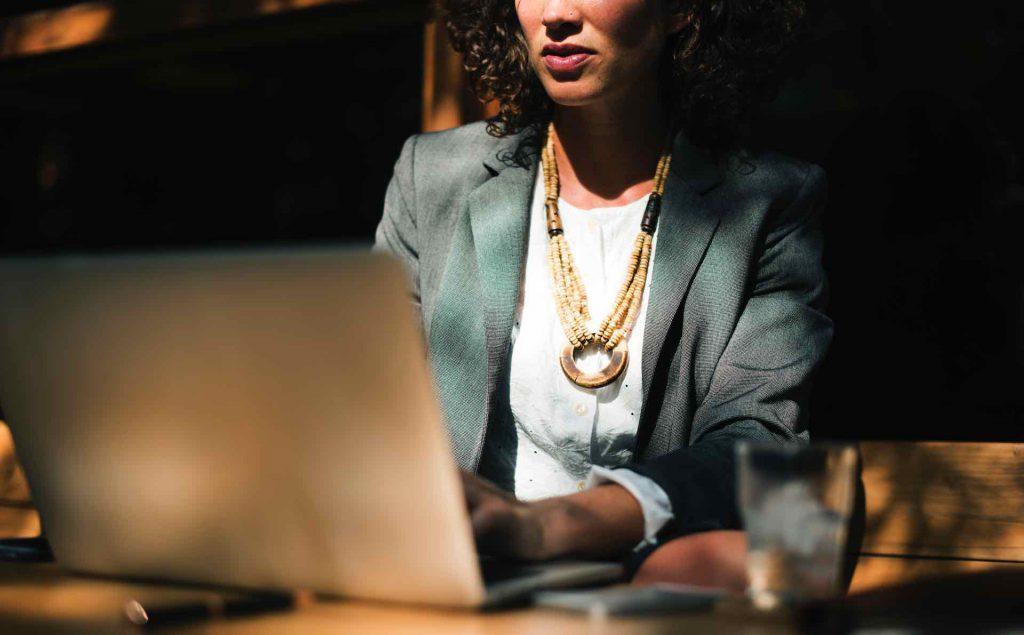 ¿A qué retos se enfrentan las mujeres directivas?