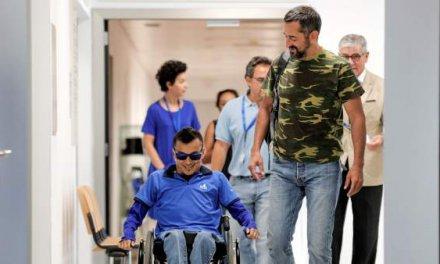 """Wilmer, el paciente operado por el doctor Cavadas en la columna vertebral: """"Esto es increíble"""""""