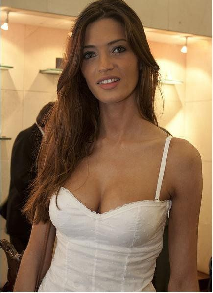 Sara Carbonero Escotazo