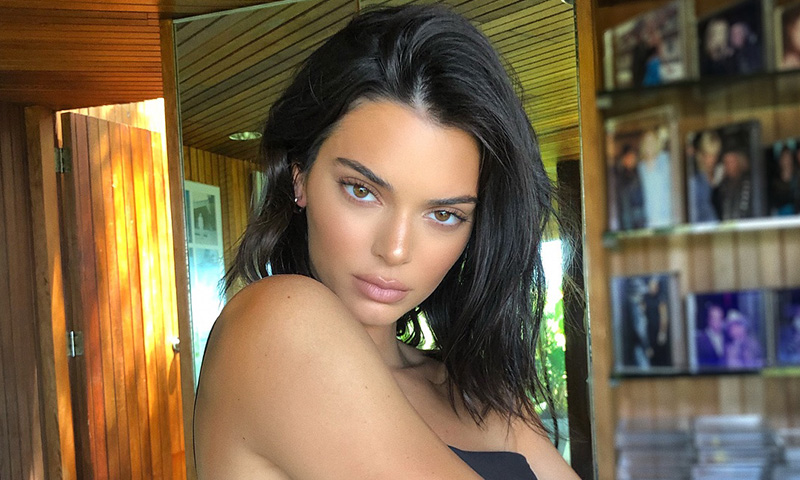 Kendall Jenner consigue que sus labios parezcan (mucho) más grandes por este truco