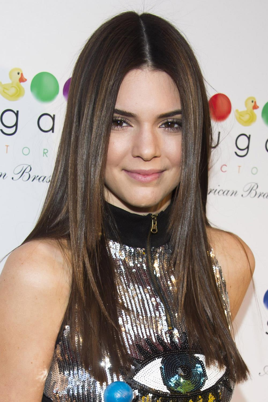 famosas operadas kendall jenner. Kendall Jenner antes