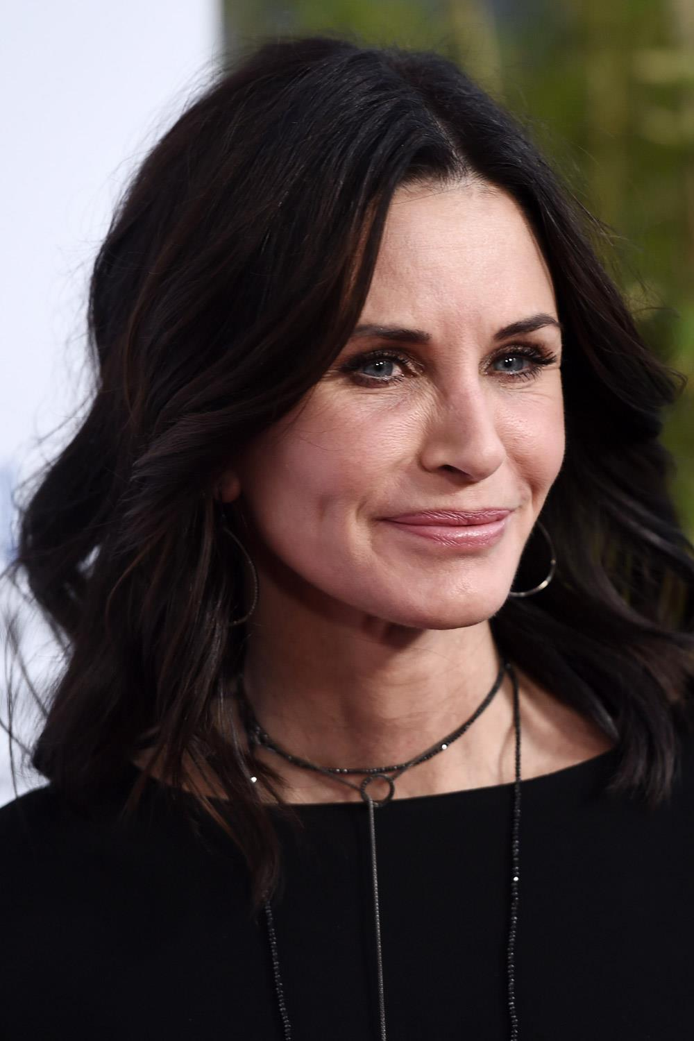 famosas operadas courtney cox. Courtney Cox después