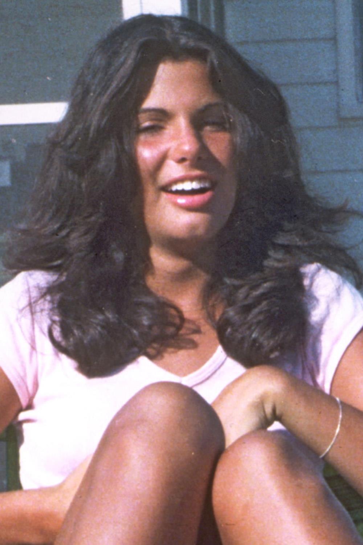 famosas operadas sandra bullock. Sandra Bullock antes